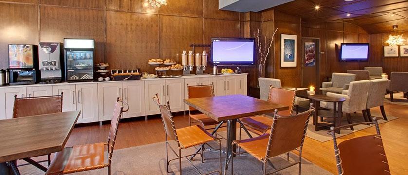 Canada_Whistler_Hotel-Listel_breakfast-room.jpg